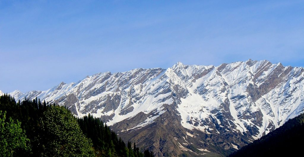 The View Of Pir Panjal From Solang Valley