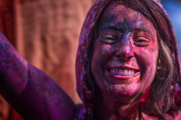 Hampi Holi - Blast of Colors & Heritage Photowalk