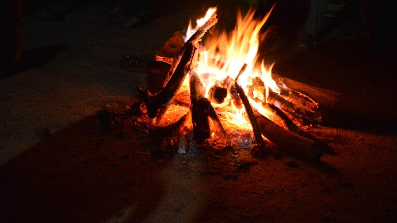a campfire to finish the night trek at Wayanad